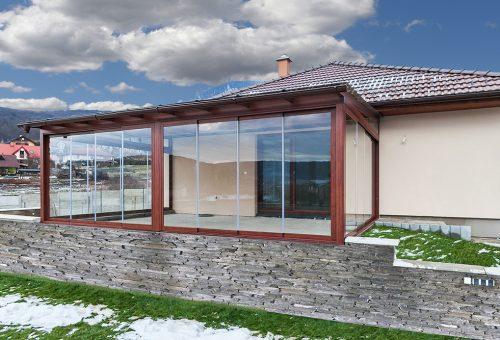 Hliniková zimná záhrada v dokonalej imitácii dreva