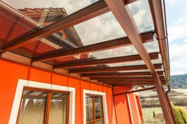 Hliníková terasa v drevodekore